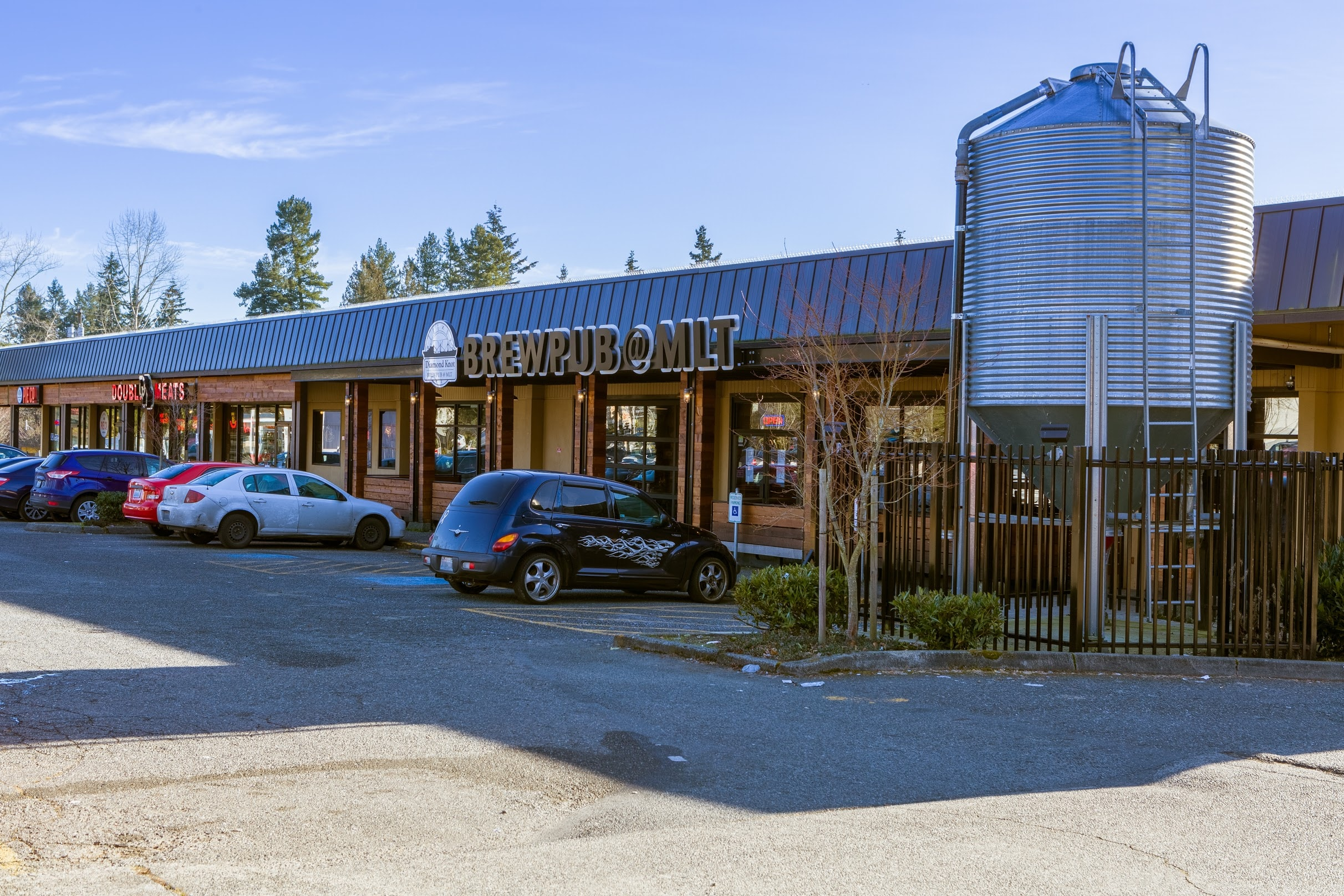 WindermereNorth_MountlakeTerrace_BrewpubatMLT.jpg